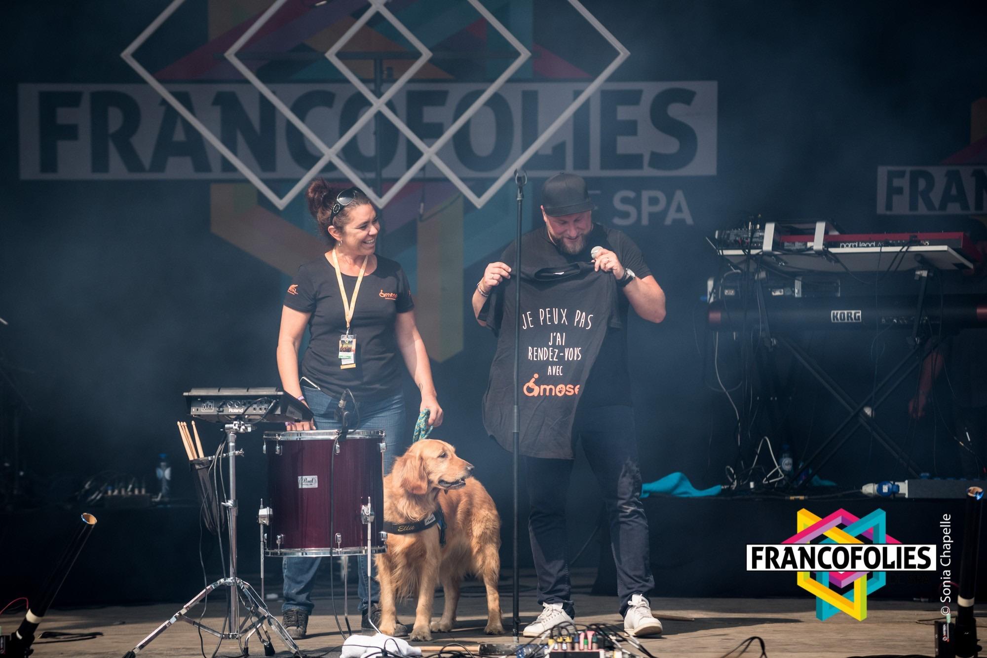 Ykons et Ellie sur la scène des Francos